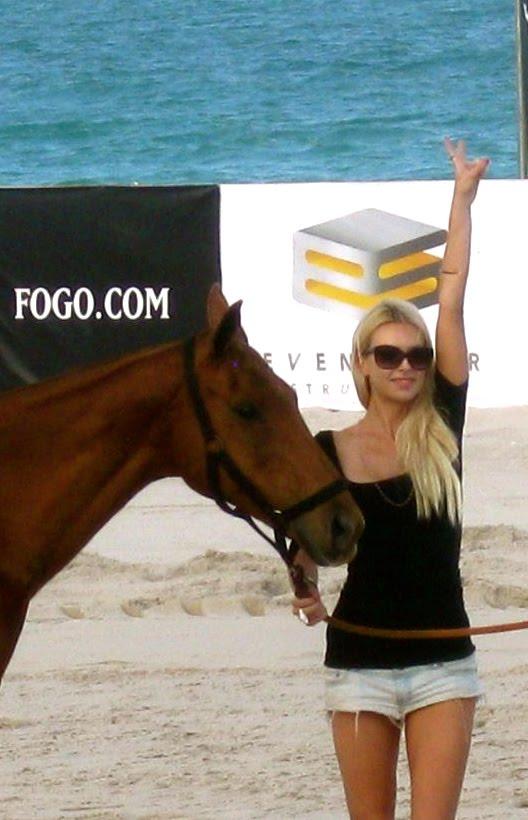 Abigail_beaux_beach_polo